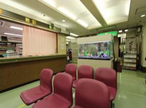 病院の待合室が明るくなりました